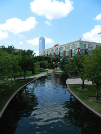 The Bricktown canal, Sonic world headquarters & the Devon Tower (photo courtesy @jennifrwhite)